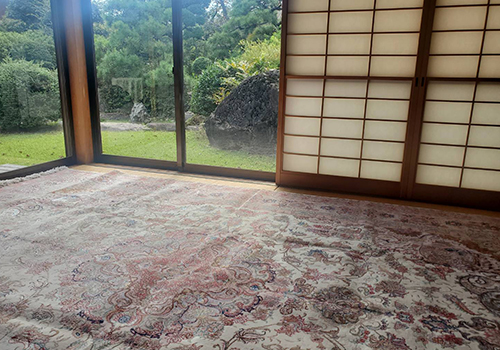 ペルシャ絨毯は和室にも合います