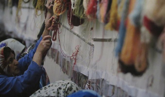 ペルシャ絨毯の素材
